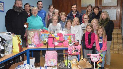 Basisschool Sint-Gorik schenkt speelgoed aan Welzijnsschakel 't Klikt