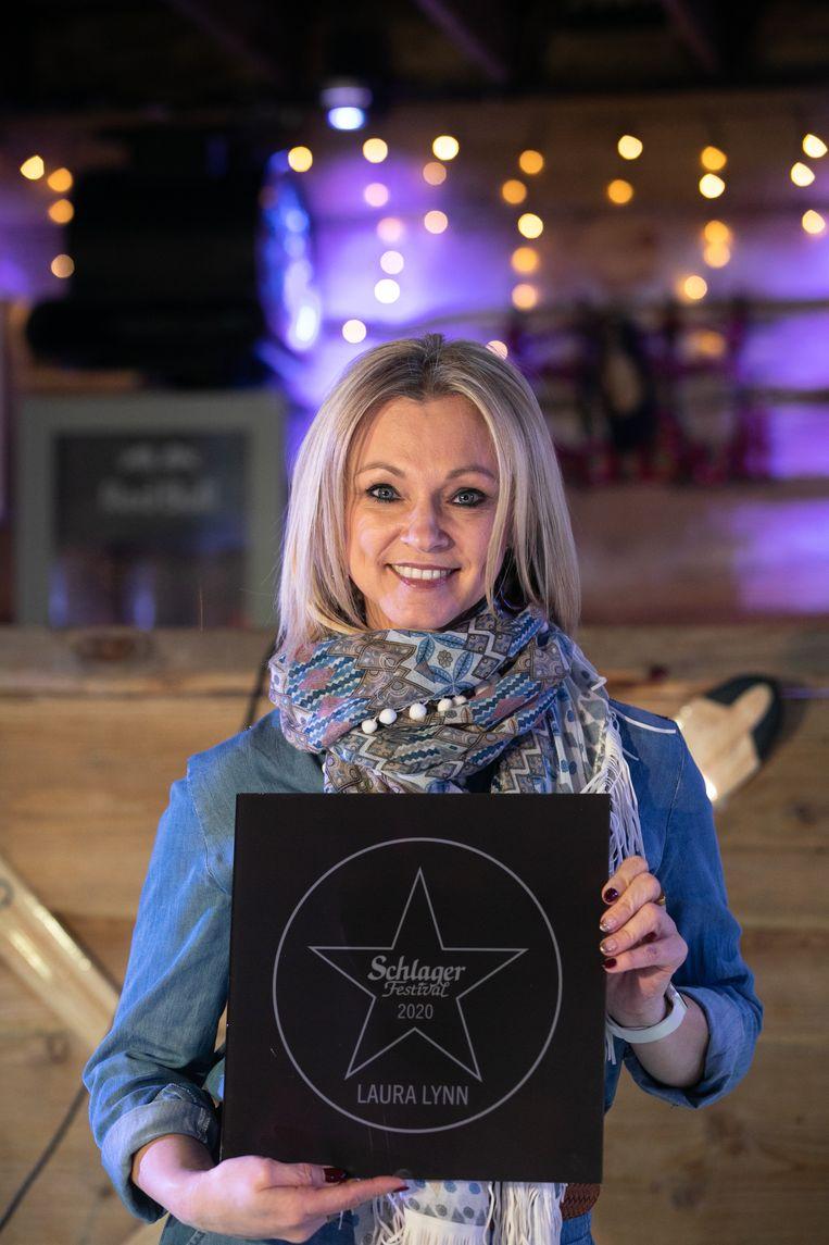 Ook zangeres Laura Lynn is blij met haar onderscheiding.