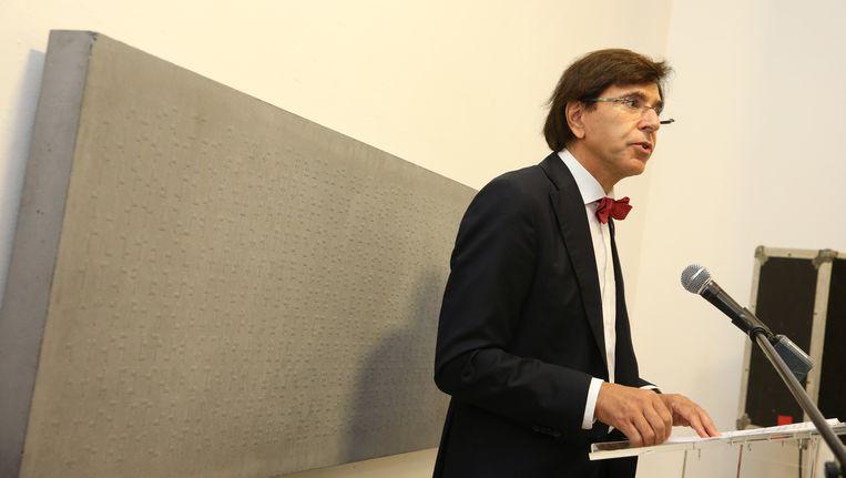 De Belgische premier Elio Di Rupo geeft een speech bij de heropening van het Joods Museum in Brussel. Beeld belga