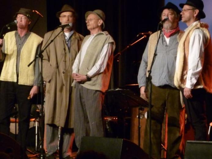 De Liempdse groep tijdens een optreden in 2012 in Podium Boxtel
