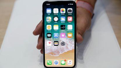 """""""Apple voorziet bij lancering iPhone X slechts twee tot drie miljoen exemplaren"""""""