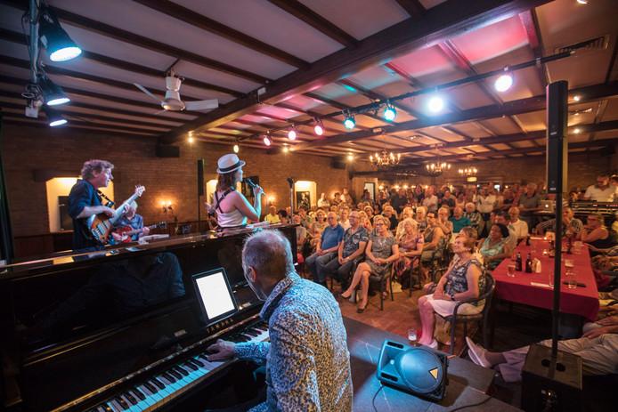 Laatste Wim Beeren Jazzclub in zaal Van Bracht in Aarle-Rixtel