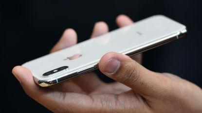 """""""Flink wennen"""": recensent originele iPhone zet eerste praktijkervaring iPhone X online"""