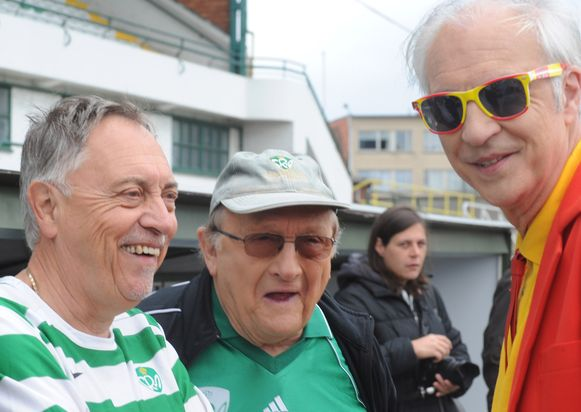 Onder anderen Mark Uytterhoeven en Jaak Van Assche zijn te zien tijdens de derby.