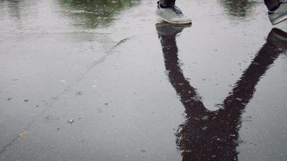 """Eerste regen in vijftal weken voor sommige delen van Vlaanderen, maar het blijft nog minstens 10 dagen """"uiterst droog"""""""