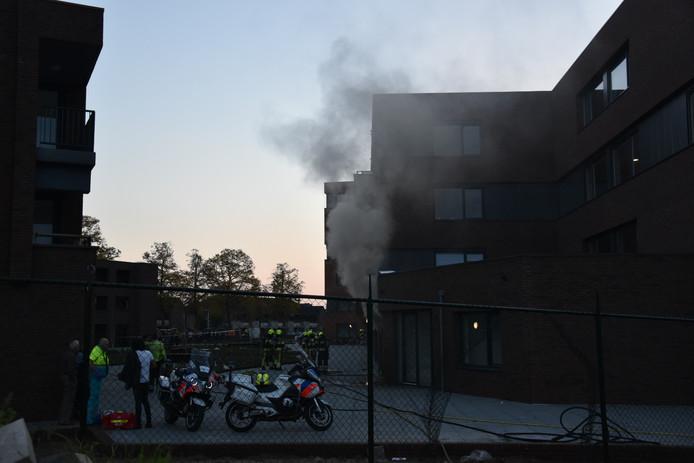 Hulpdiensten zijn zaterdagavond  uitgerukt voor een gebouwbrand aan de de Genestetlaan in Nijmegen.