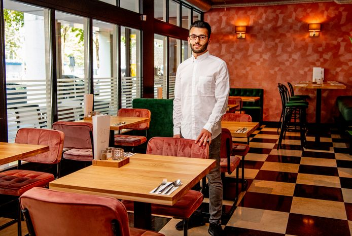 In restaurant Kite van Ali Aslam en zijn familie wordt niet gehaast gegeten. ,,In Afghanistan is eten hét moment om tijd te nemen voor elkaar. Je deelt voedsel met elkaar.''