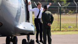 Macron springt uit een 'vliegmachien'