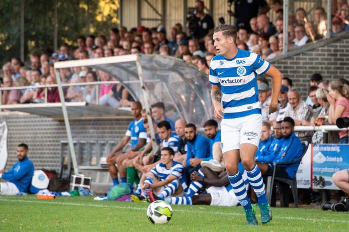 De Graafschap-aanvaller Marlon Versteeg verkast op huurbasis naar FC Lienden.