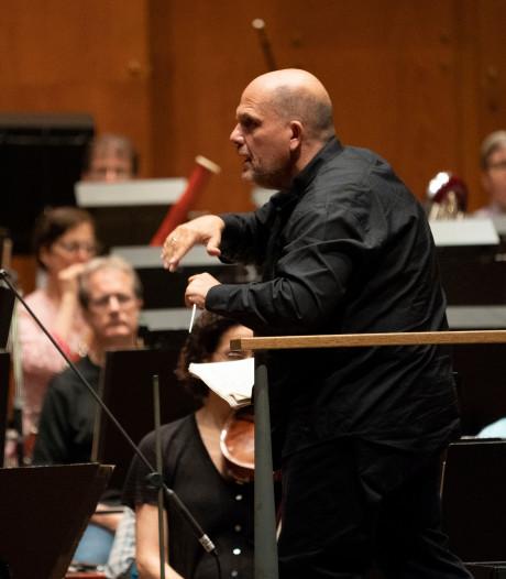 Applaus voor dirigent Jaap van Zweden bij New York Philharmonic