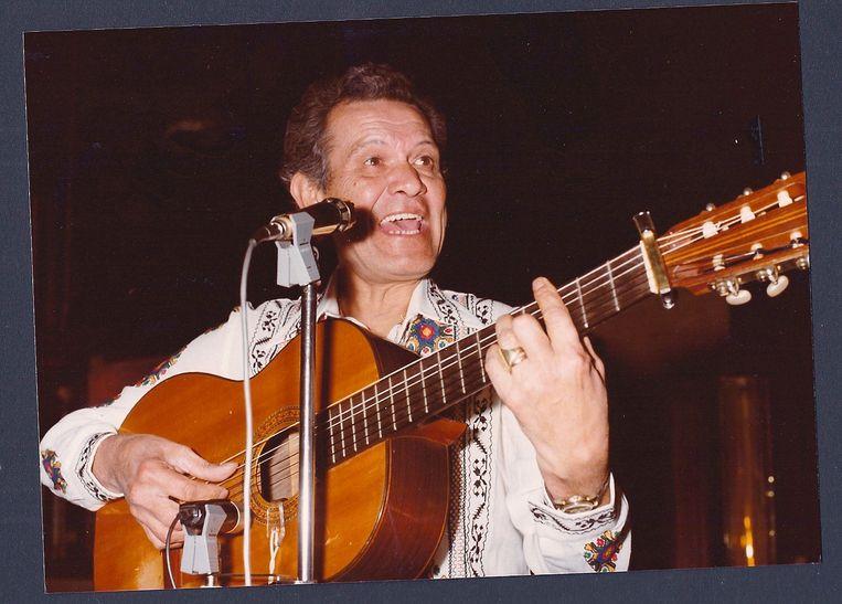 Concertband Cecilia brengt eerbetoon aan Digno Garcia.