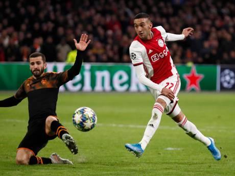 LIVE   Geïrriteerd Ajax laat zich uit de tent lokken tegen Valencia in slotfase