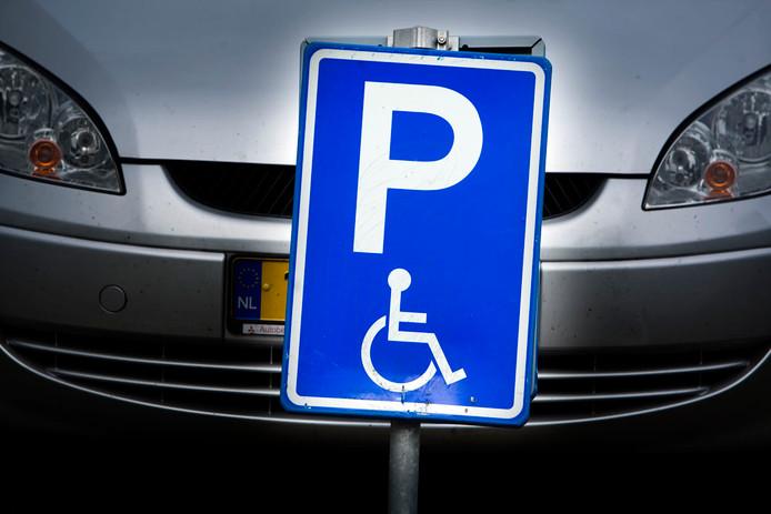 Meierijstad gaat mogelijk de kosten voor invalidenparkeerplaatsen onderbrengen bij de Wmo. Twee partijen stellen dit althans voor.