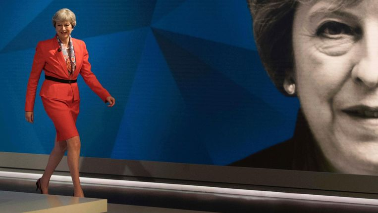 Theresa May in de studio tijdens de verkiezingsavond. Beeld ap
