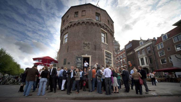 8 juli 2009: protestborrel bij de Schreierstoren. Foto Jan van Breda Beeld