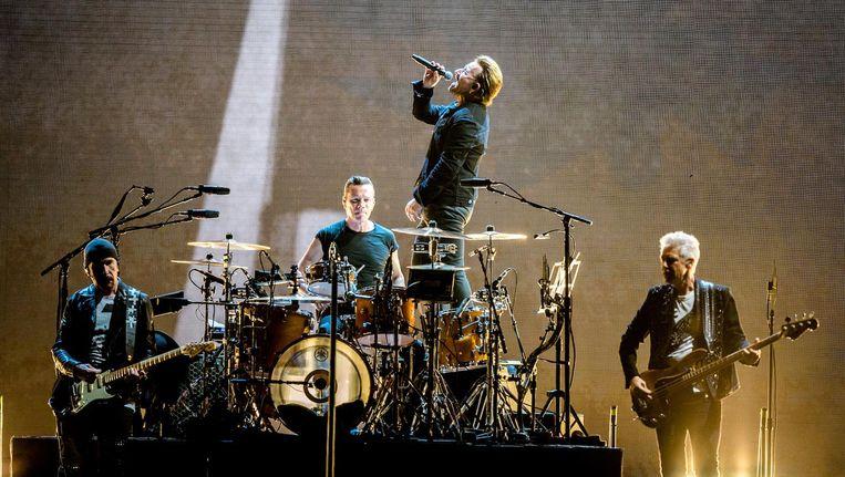 De Ieren van U2 zaterdag in de Johan Cruijff Arena. Zondag staan ze er weer. Beeld anp