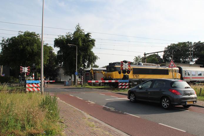 De internationale trein naar Berlijn en de intercitytreinen rijden nog wel tussen Deventer en Rijssen.