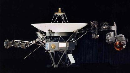 In 1977 gelanceerde Voyager 2 heeft ons zonnestelsel verlaten