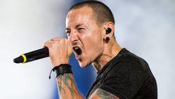 """VIDEO: Zoon van overleden Linkin Park-zanger: """"Zoek hulp bij depressie"""""""