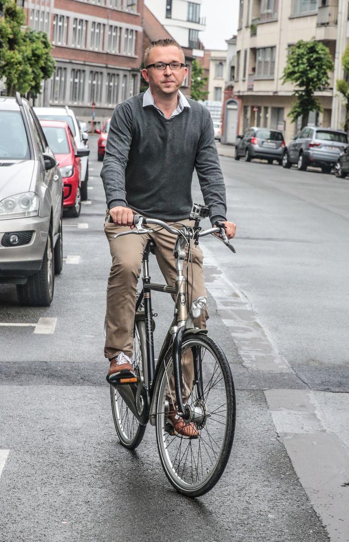 Fietsen door Kortrijk¿¿stills van filmpe Peter Lanssens¿¿foto : Henk Deleu