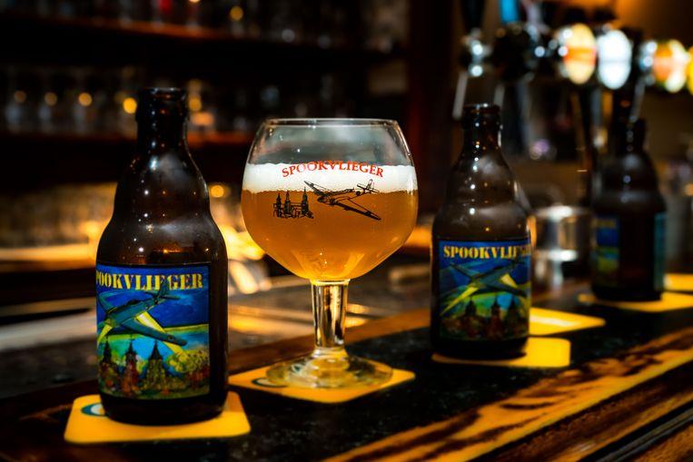 """""""Voor de benaming van het bier werd teruggegaan tot de Tweede Wereldoorlog"""", legt Jan Feytons uit."""