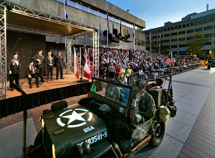 Ook bij het bevrijdingsfeest op 18 september 2018 reden oude legervoertuigen mee in Eindhoven.