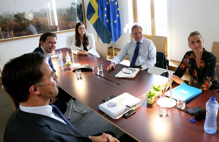 Premier Rutte noemde de sfeer 'een beetje korzelig'. Beeld AP