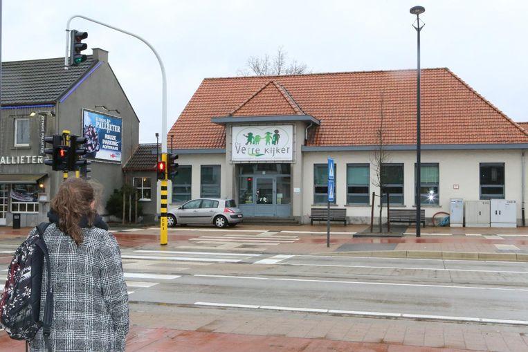 Basisschool De Verre Kijker aan de drukke Staatsbaan zet in op verkeersveiligheid.