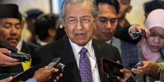 Maleisische premier zorgt voor deuk in diplomatiek front rond MH17-onderzoek. Wat kan hierachter zitten?