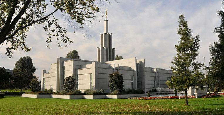 De enige Nederlandse mormonentempel, in Zoetermeer Beeld Flickr (FaceMePLS)