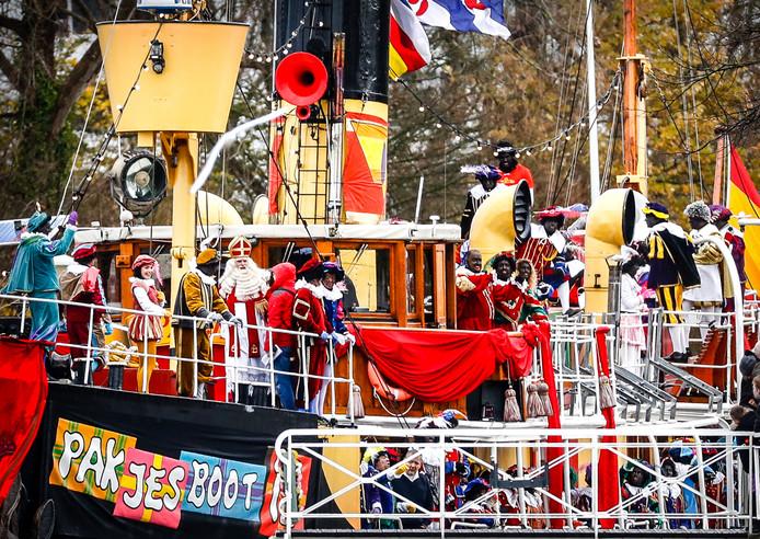 De intocht van Sinterklaas in Dokkum vorig jaar.