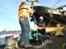 Zwijndrechtse slimme bolder maakt onderhoud Rotterdamse haven goedkoper