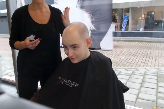 Yvar de Groot heeft zich kaal laten scheren.