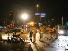Zwaar ongeval tussen bestelbus en auto op bedrijventerrein Lage Weide