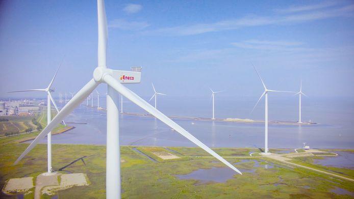 Windmolens van Eneco te Delfzijl. Het bedrijf staat bekend om zijn duurzame karakter.