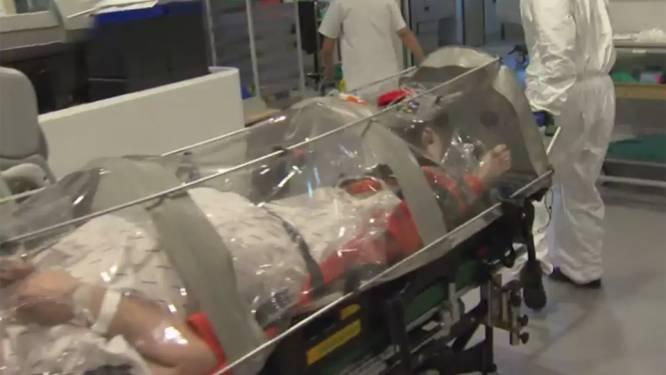 Wat is die plastic koker waarin coronapatiënten vervoerd worden?