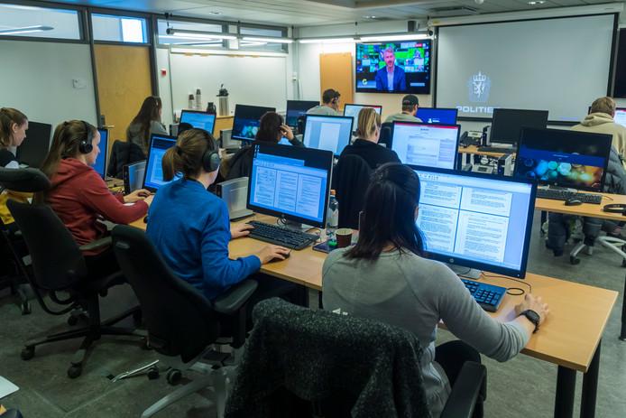 De Noorse politie heeft een compleet callcenter opgezet om de honderden tips in de ontvoeringszaak van Anne-Elisabeth Falkevik Hagen in kaart te brengen.