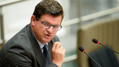 """Hervormde erfbelasting krijgt groen licht in commissie: Tommelein is """"trots op deze belastingverlaging"""""""