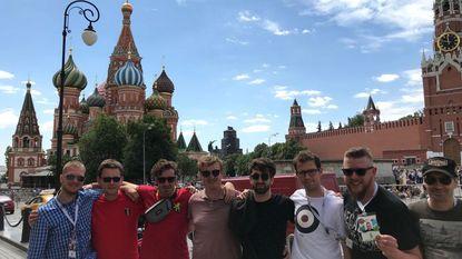 Acht vrienden in Moskou voor de Rode Duivels