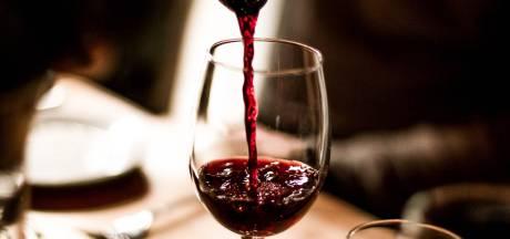 Un client se voit offrir par erreur une bouteille de vin à 5.000 euros au restaurant