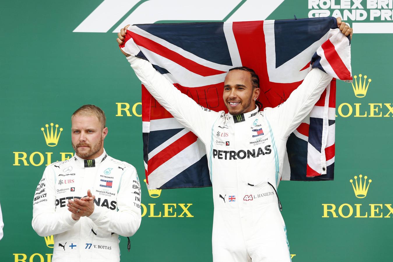 Mercedes was de grote winnaar met Lewis Hamilton en Valtteri Bottas op de plaatsen één en twee.