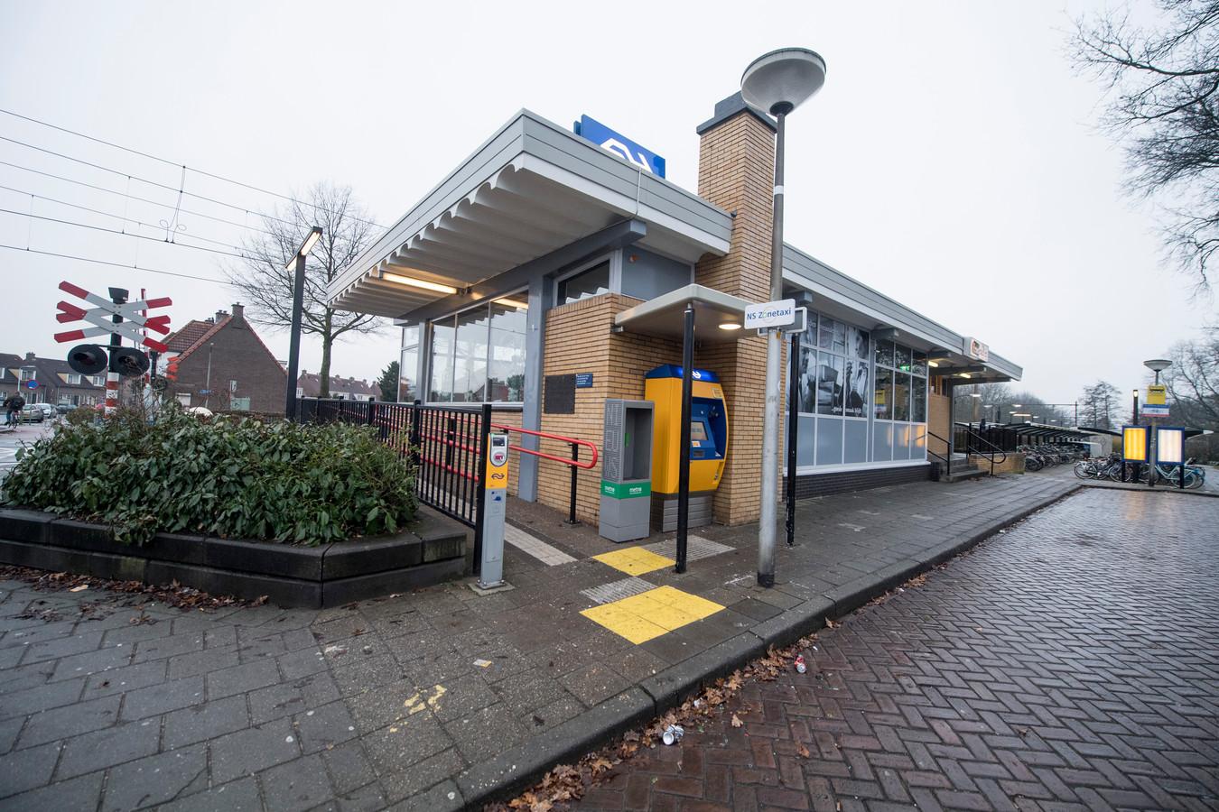 Station Almelo de Riet