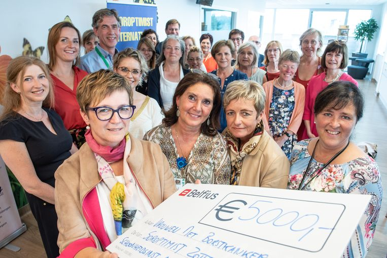 De Soroptimisten overhandigden een cheque van 3.500 euro.