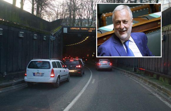 De inrit van de Leopold II-tunnel . Inzet: Philippe Pivin (MR), burgemeester van Koekelberg.