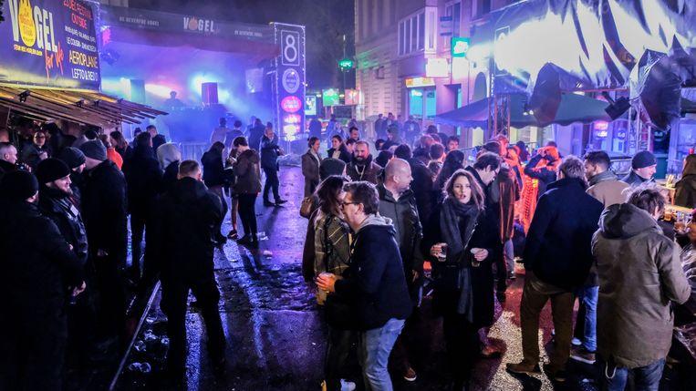 Ondanks het gure weer op zondag, daagden toch heel wat feestvierders op tijdens het slotfestival