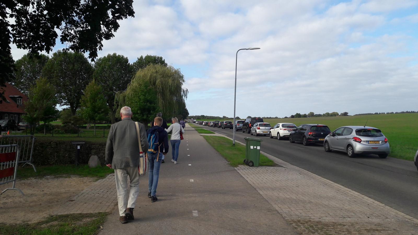 Files op de Wylerbaan in Groesbeek.