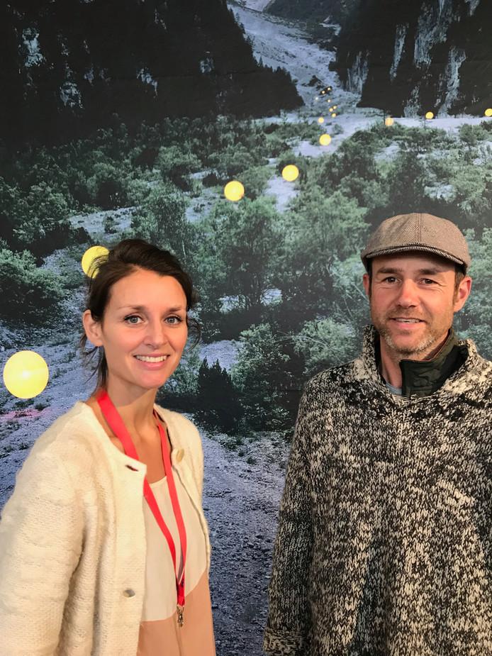 Daan Zuijderwijk en Maaike Vergouwe exposeerden hun fotoportretten van landschappen tijdens de DDW.