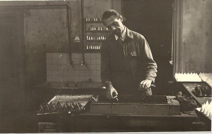 De vroegste foto van de bereiding van negerzoenen, jaren twintig