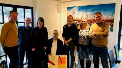 N-VA Zoersel trakteert ereburger en winnaar Vlaamse cultuurprijs op feestmaal