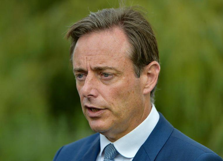De Antwerpse N-VA hield gisteren haar ledendag, met een pannenkoekenslag en volksspelen. De aftrap van het verkiezingsjaar, zo beloofde de affiche. Burgemeester Bart De Wever gaf uitleg.